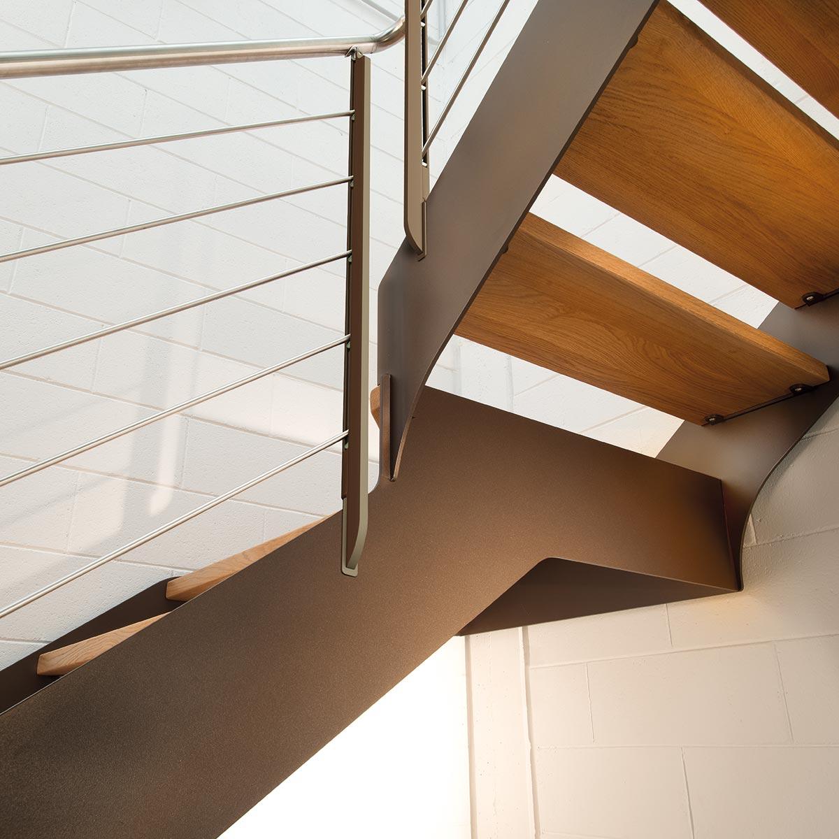 scale legno Marretti con scalini in massello di rovere e ringhiera in acciaio inox