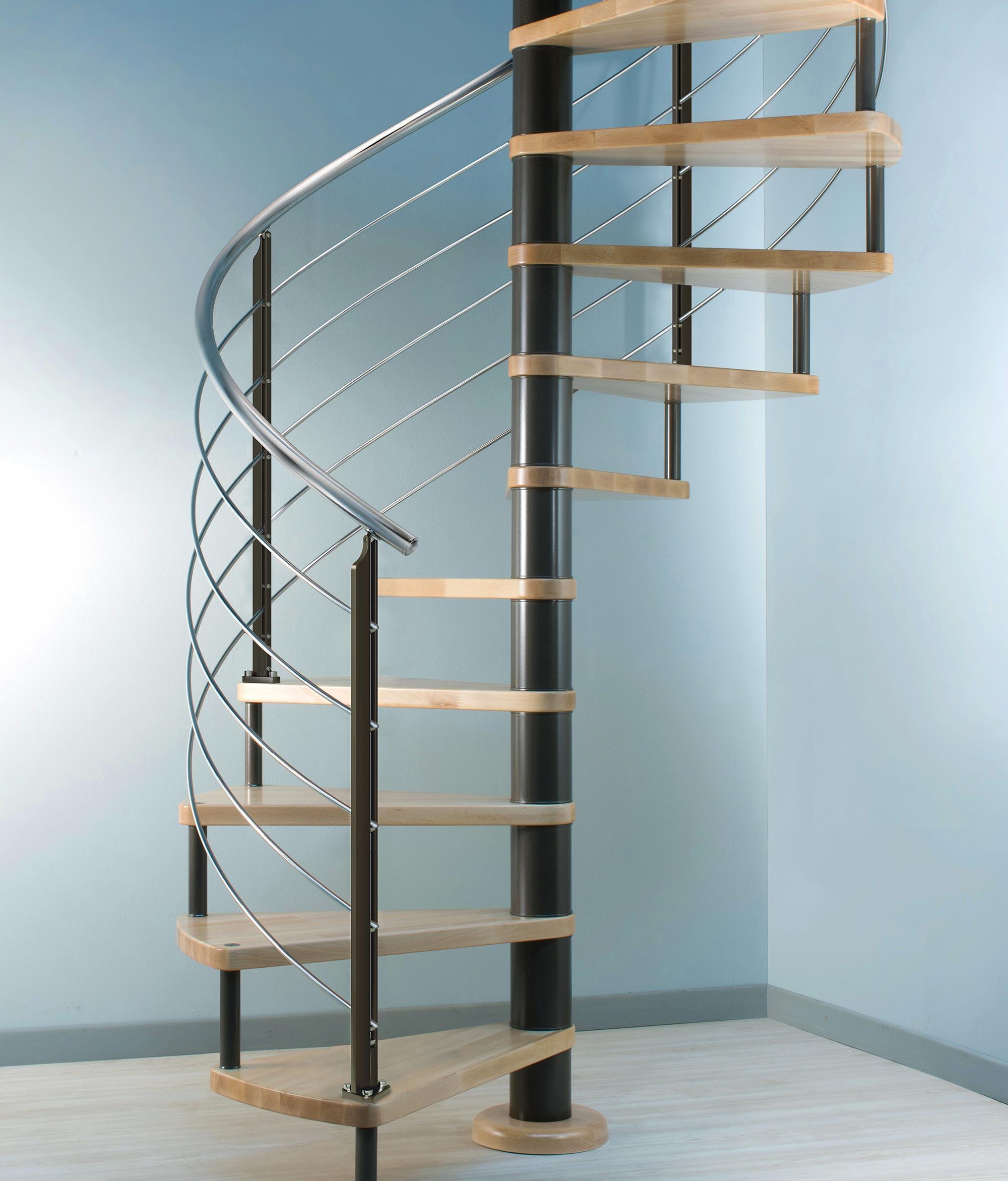 scala chiocciola Marretti, scalini in rovere, palo e corrimano in acciaio inox